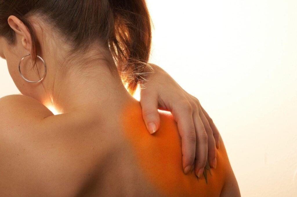 Keine Rückenschmerzen mehr: So tragen Sie Ihre Handtasche richtig