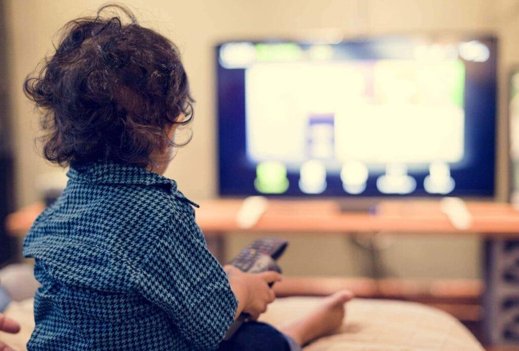 Verändert die Bildschirmzeit die Gehirne von Kindern negativ?